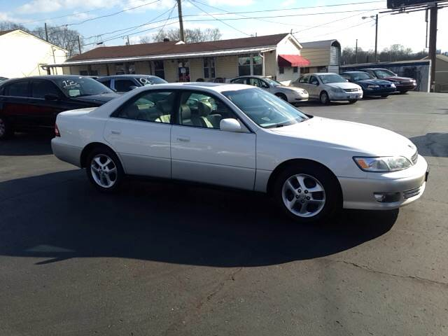 2001 lexus es 300 used cars in nashville pre owned vehicles low down payments. Black Bedroom Furniture Sets. Home Design Ideas