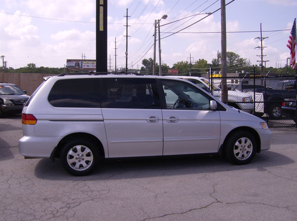 2004 honda odyssey van used cars in nashville pre owned vehicles low down payments. Black Bedroom Furniture Sets. Home Design Ideas