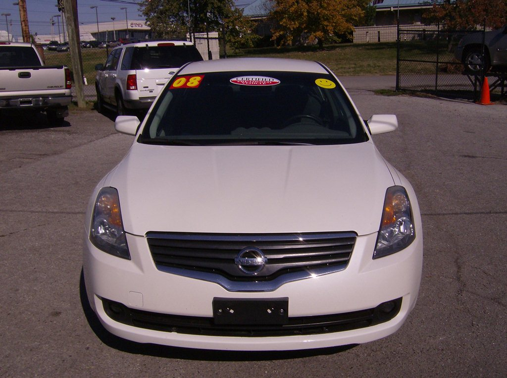 2008 nissan altima used cars in nashville pre owned vehicles low down payments. Black Bedroom Furniture Sets. Home Design Ideas