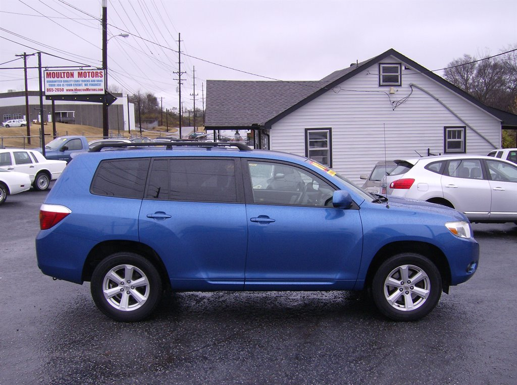 2008 toyota highlander used cars in nashville pre owned vehicles low down payments. Black Bedroom Furniture Sets. Home Design Ideas