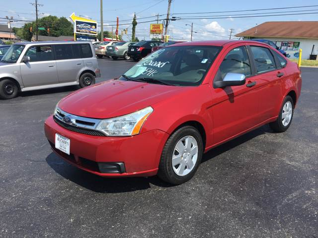 2010 ford focus used cars in nashville pre owned vehicles low down payments. Black Bedroom Furniture Sets. Home Design Ideas