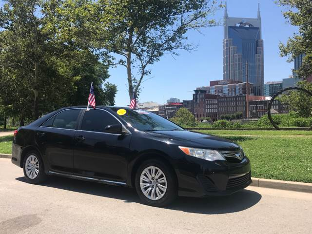 2012 toyota camry le used cars in nashville pre owned vehicles low down payments. Black Bedroom Furniture Sets. Home Design Ideas